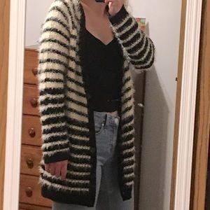 Women's Small Daytrip Sweater